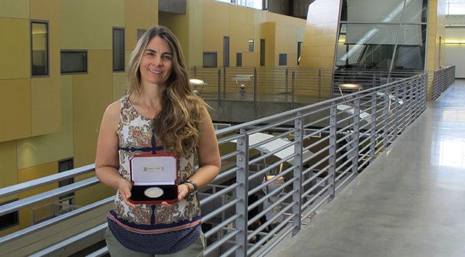 Hirst wins Hilsum Medal